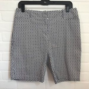 Talbots Flat Front Bermuda Shorts Sz 6 Black White